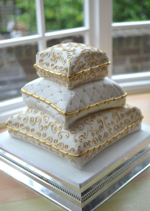 wilton pillow cake pan instructions